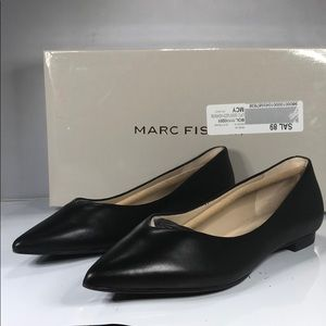[188] Marc Fisher 5.5 M Pointed-Toe Flats - Black